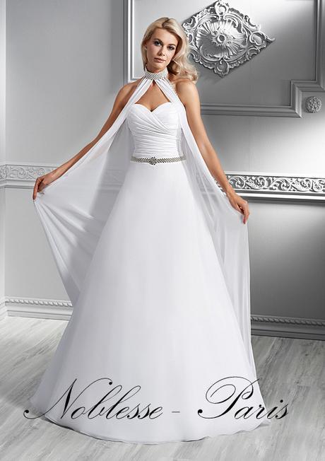Jednoduché elegantní šaty s choker závojem, 40