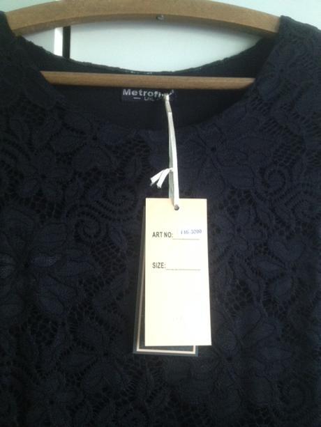 Krajkové dámské šaty černé, 40