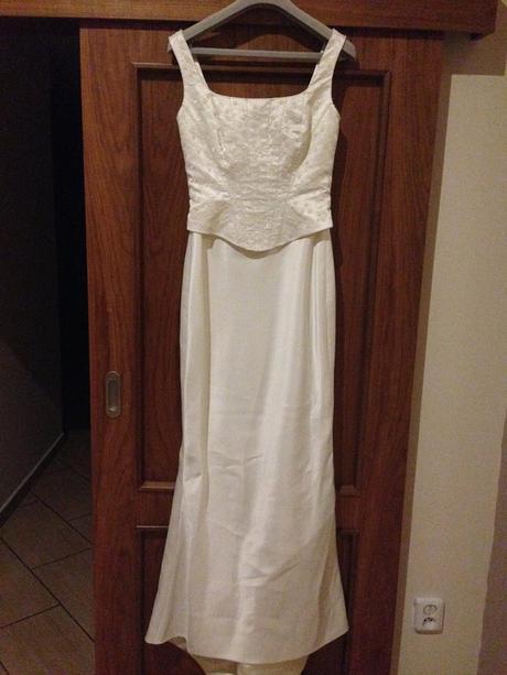 svadobné šaty raz využité, 36