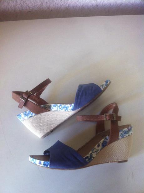 Kvetovane sandále S.Oliver, 39