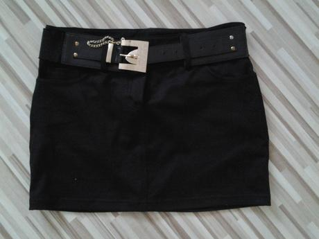 čierna sukňa mayo chix, M