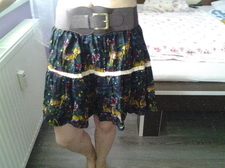 pestrofarebná retro sukňa, M