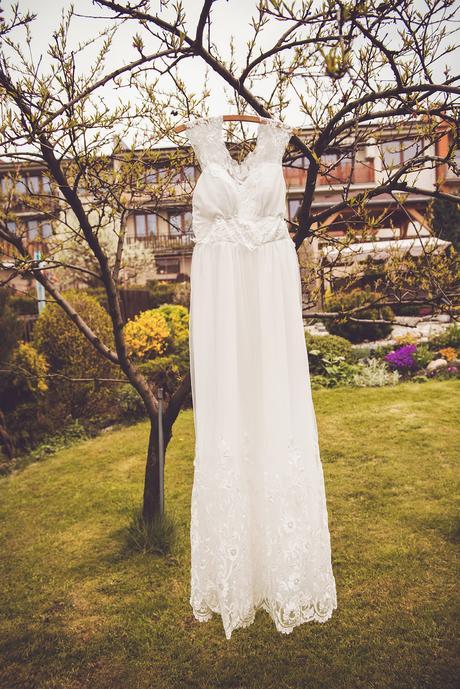 Romantické krajkové šaty, 38