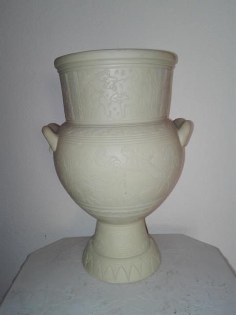 Alabastrová váza,