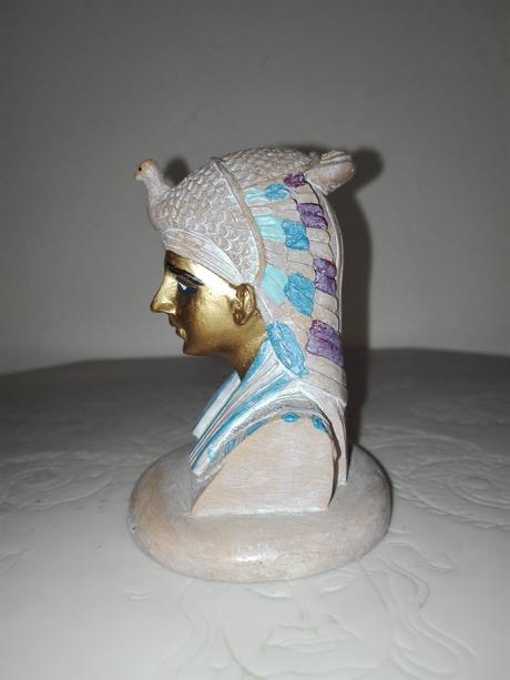 Egyptská soška,