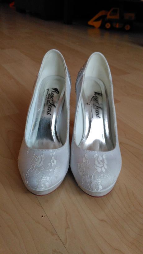 Svatební botky, 37
