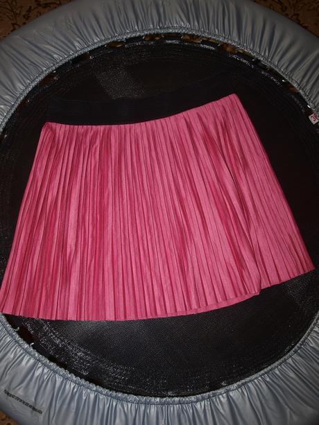 Sukňa plisovaná, 40