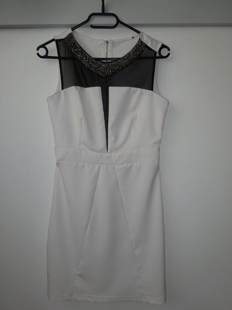 Společenské šaty, S