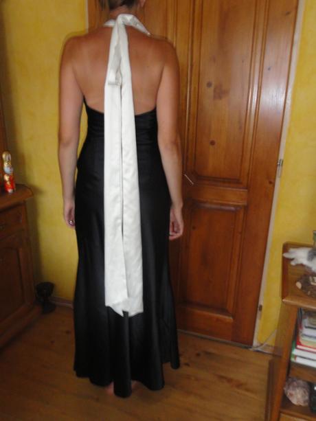 Originálne spoločenské šaty, 38