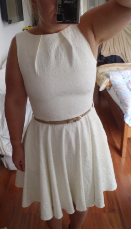 Krémové šaty Closet, 40