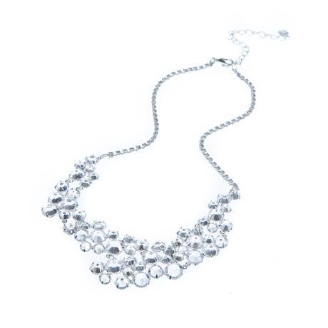 Bohatý šanelový náhrdelník,