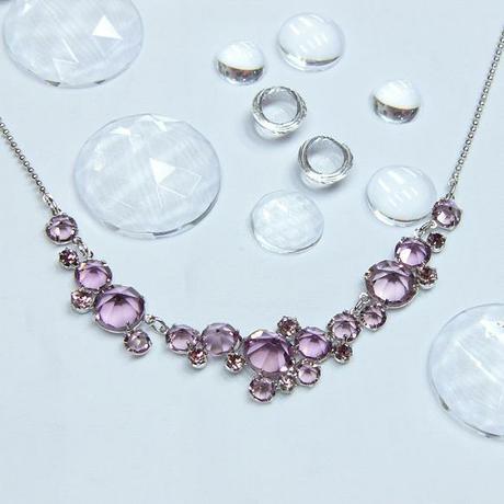 Lehký zářivý náhrdelník, light ametyst,