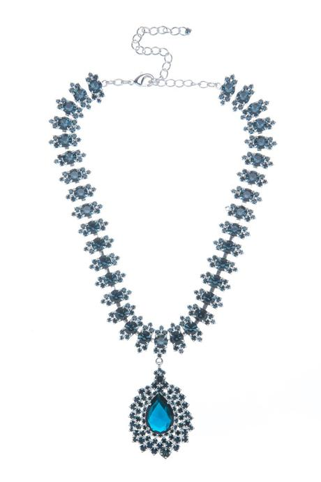 Společenský náhrdelník s hruškou,
