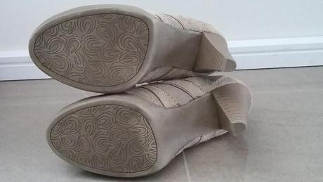 Béžové topánočky, 38