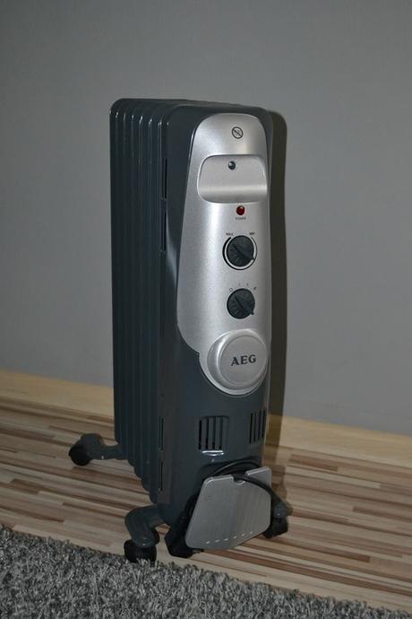 Olejový radiator elektrolux,