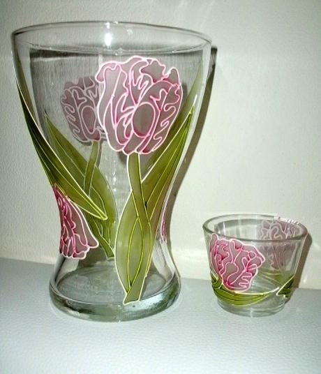 Set vázy a svietnika pre milovníkov tulipánov,