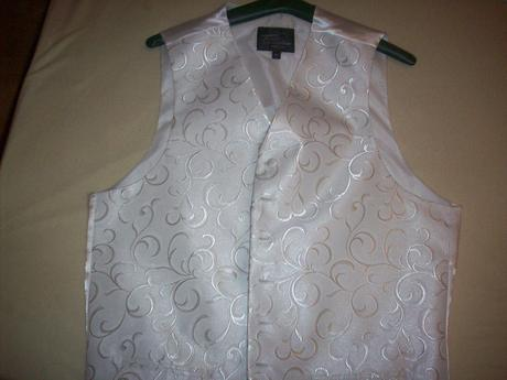 Svadobny oblek, 54