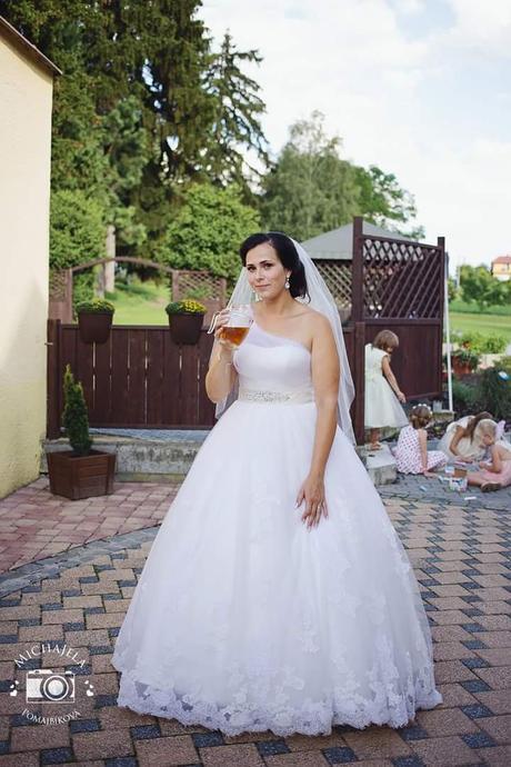 Svatební šaty velikost 38-42 ze salonu , 42