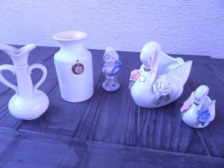 biela keramika po 1e,