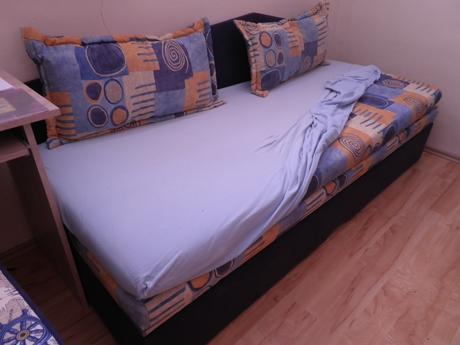 rozťahovacia postel,