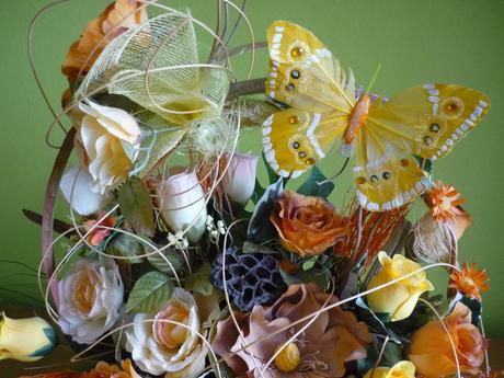 kvetinovy koš .,