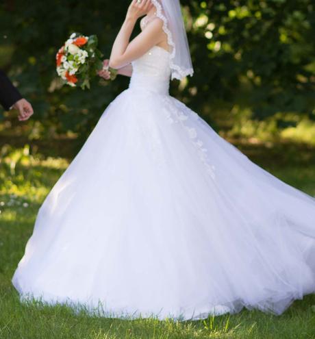 Romantické svatební šaty z krajky - vel.32-38, 36