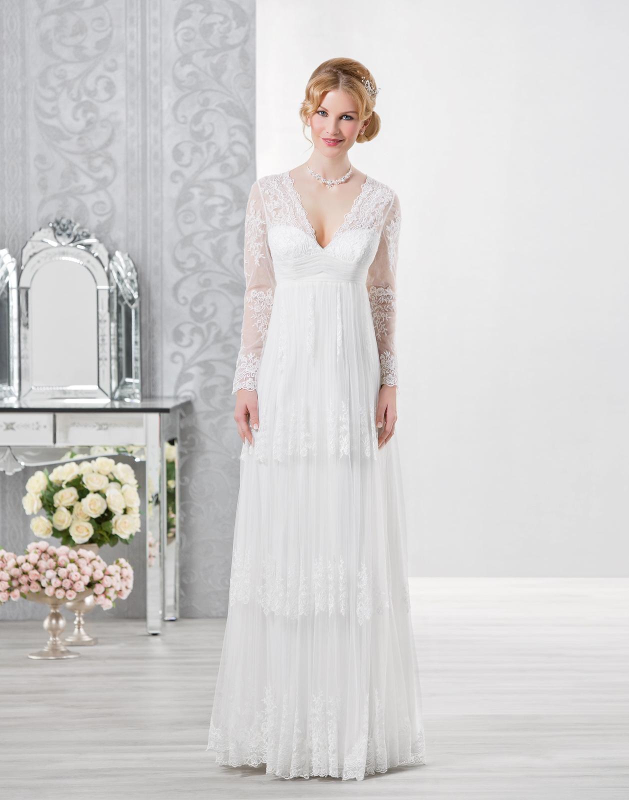 Vintage svadobné šaty s dlhými rukávmi d4a9023d13c