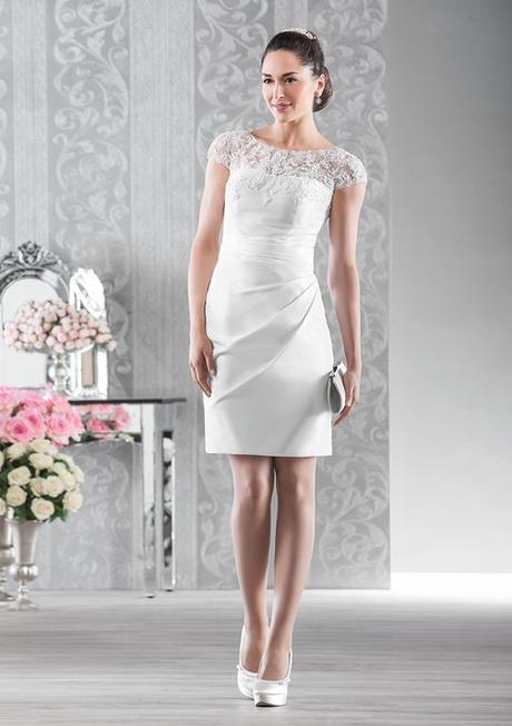df7c9d23f10c Puzdrové svadobné šaty