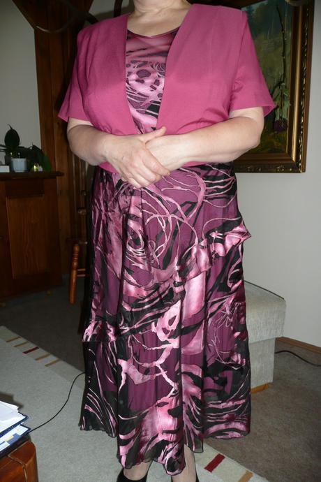 New komplet aj pre svadobnú mamu, 46