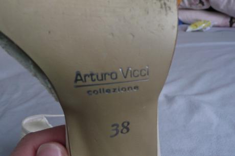 Šampaň Arturo Vicci s poštovným v cene, 38