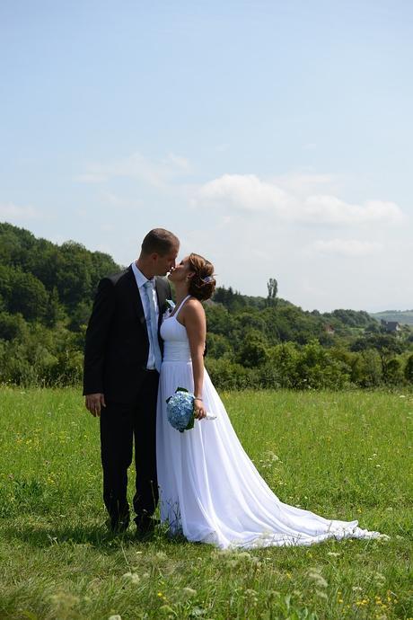 Svadobné šaty, 39