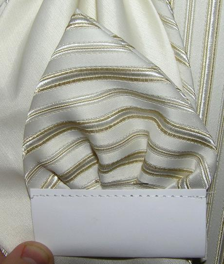 Vesta s kravatou a vreckovkou č.52 , 52