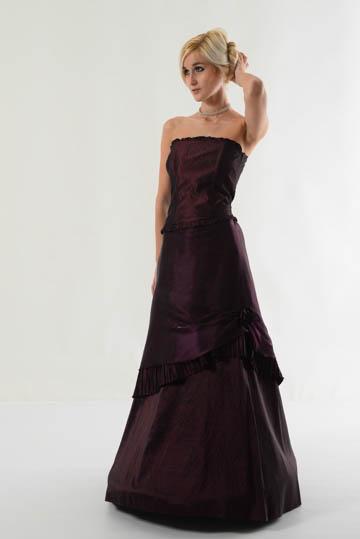 Korzet se sukní, 38