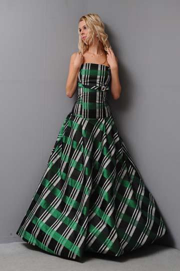 Netradiční společenské šaty, 36