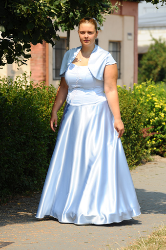 společenské šaty, 48