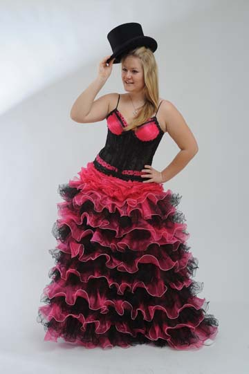 Společenské šaty s bohatou sukní, 40