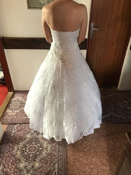 Luxusne svadobne saty, 38