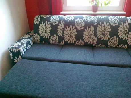 pekný rozkadaci gauč s ul.priestorom ,