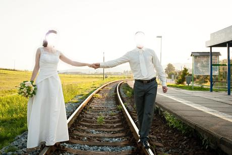 Svatební oblek s vestou, 48