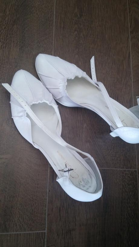 saténové biele svadobné šaty, 38