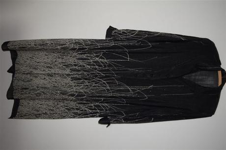 Elegantný spoločenský dlhý kabátik, 44