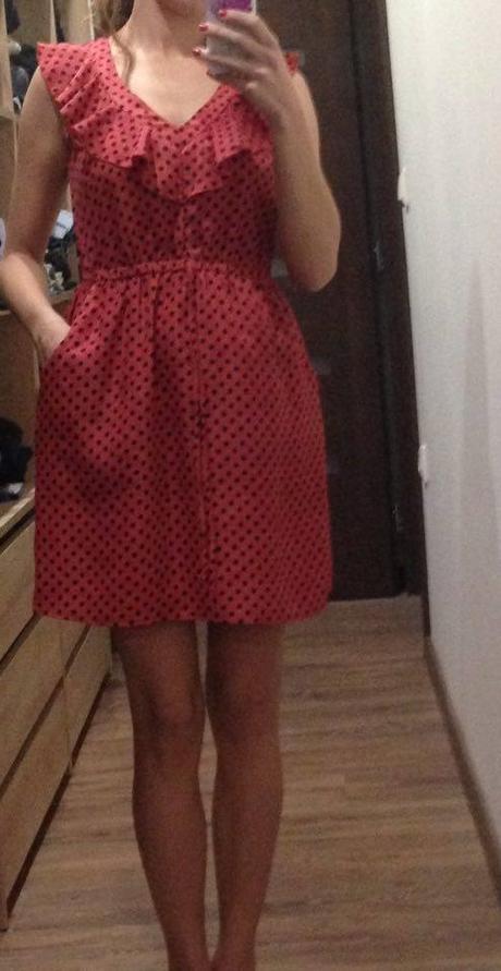 bodkované šaty, S