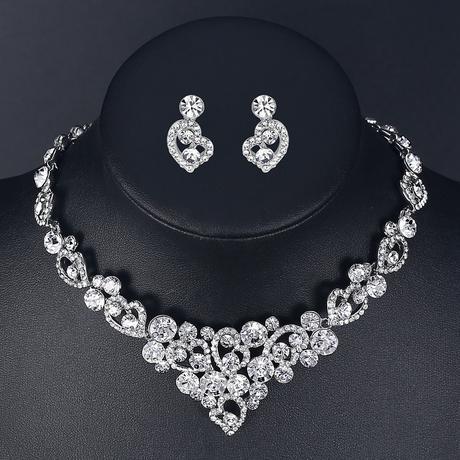 Súprava šperkov (náušnice a náhrdelník) Srdiečka,