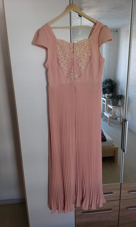 svatební šaty vel. 46-48, 46