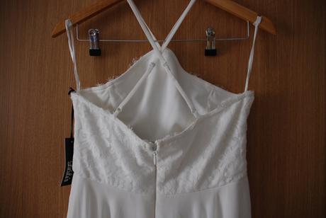 Dlouhé bílé šifonové šaty zn. Lulus, 38
