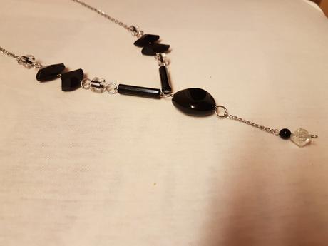 Dlhý náhrdelník,