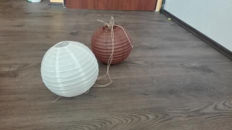 Svatebni dekorace-lampiony+dřevená srdíčka+brcka,