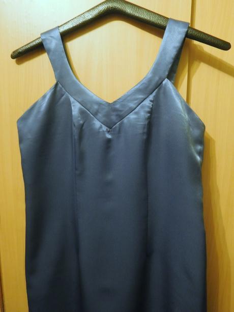 společenské saténové šaty 40- RESERVED, 40