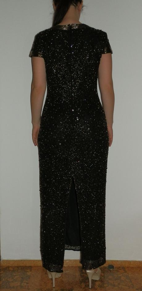 Luxusné šaty, 40