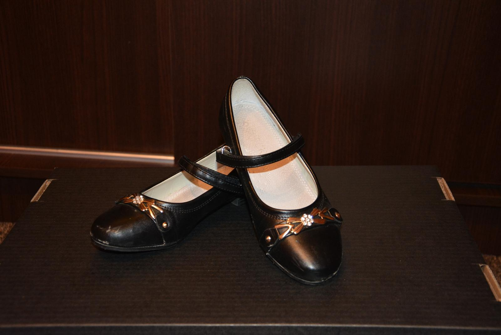 6c8a0cdb6c509 Dievčenske spoločenské topánky, 34 - 4 € | Svadobný bazár | Mojasvadba.sk